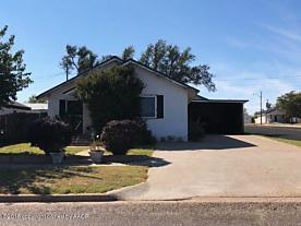 Photo of 600 Davis Ave Stinnett, TX 79083