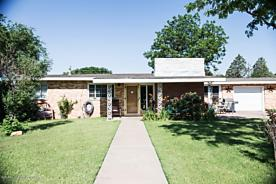 Photo of 306 Western St Claude, TX 79019