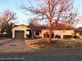 Photo of 1110 Avenue J Childress, TX 79201