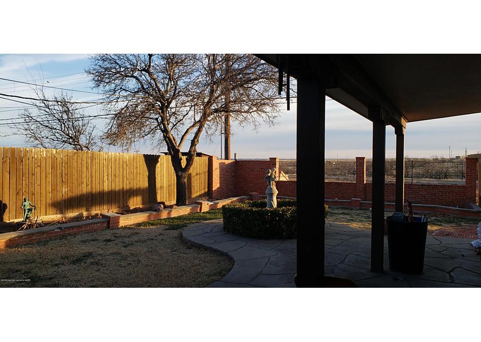 Photo of 206 Galahad St Borger, TX 79007