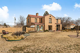 Photo of 2011 3RD AVE Canyon, TX 79015