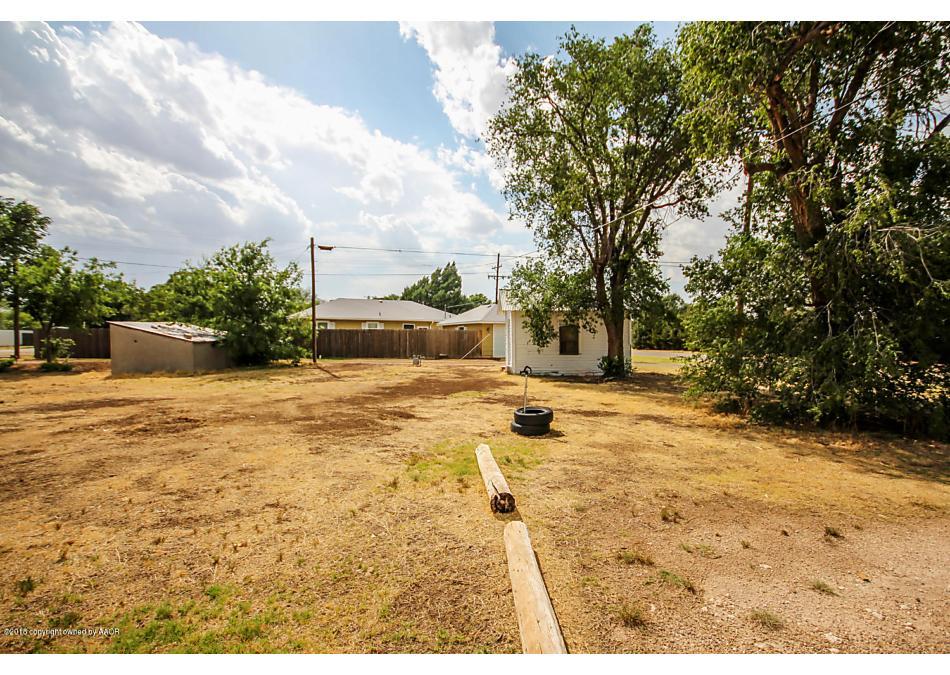 Photo of 500 Parks St Claude, TX 79019
