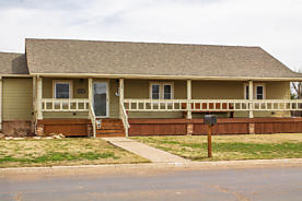 Photo of 501 Barkley St Spearman, TX 79081