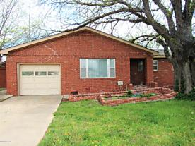 Photo of 207 Richardson St Gruver, TX 79040