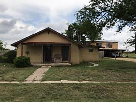 Photo of 609 2nd St. Happy, TX 79042