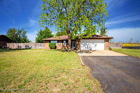 Photo of 220 Calle Questa Fritch, TX 79036