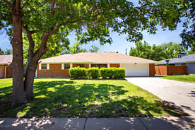 Photo of 6105 JAMESON RD Amarillo, TX 79106
