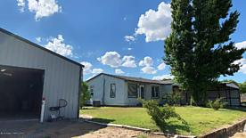Photo of 200 Morse Stinnett, TX 79083