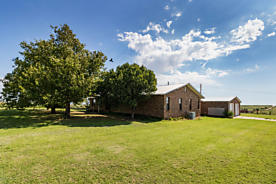 Photo of 6896 FM 1443  Hardin Place Mclean, TX 79057