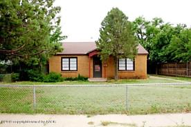 Photo of 904 5TH AVE Canyon, TX 79015