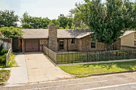 Photo of 3411 Teckla Blvd Amarillo, TX 79109