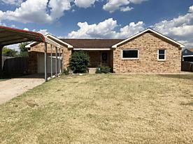 Photo of 317 Farmer Ave Stinnett, TX 79083
