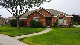 Photo of 5823 Foxcroft Pl Amarillo, TX 79109