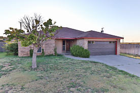 Photo of 415 Hickory Hereford, TX 79045