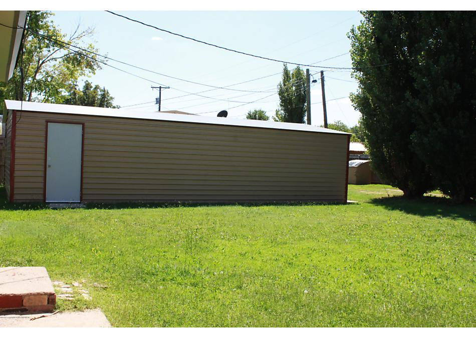 Photo of 1111 Charles St Panhandle, TX 79068