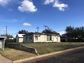 Photo of 1010 Carpenter St Borger, TX 79007
