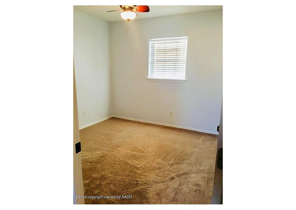 Photo of 1513 Baylor St Perryton, TX 79070