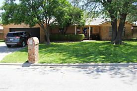 Photo of 1609 Texas St Perryton, TX 79070