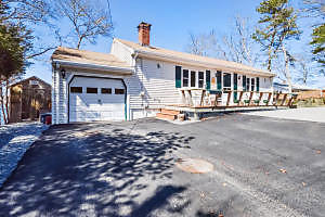 Photo of 8 Blueberry Road Plymouth, MA 02360