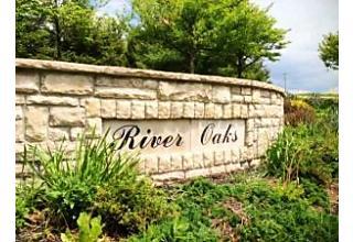 Photo of 390 River Oaks Drive Heath, OH 43056