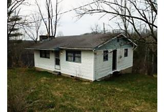 Photo of 2347 Athens Co Road 107 Glouster, OH 45732