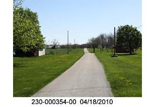 Photo of 4900 Lambert Road Grove City, OH 43123