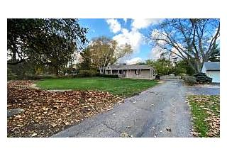 Photo of 3510 Henderson Road Columbus, OH 43220