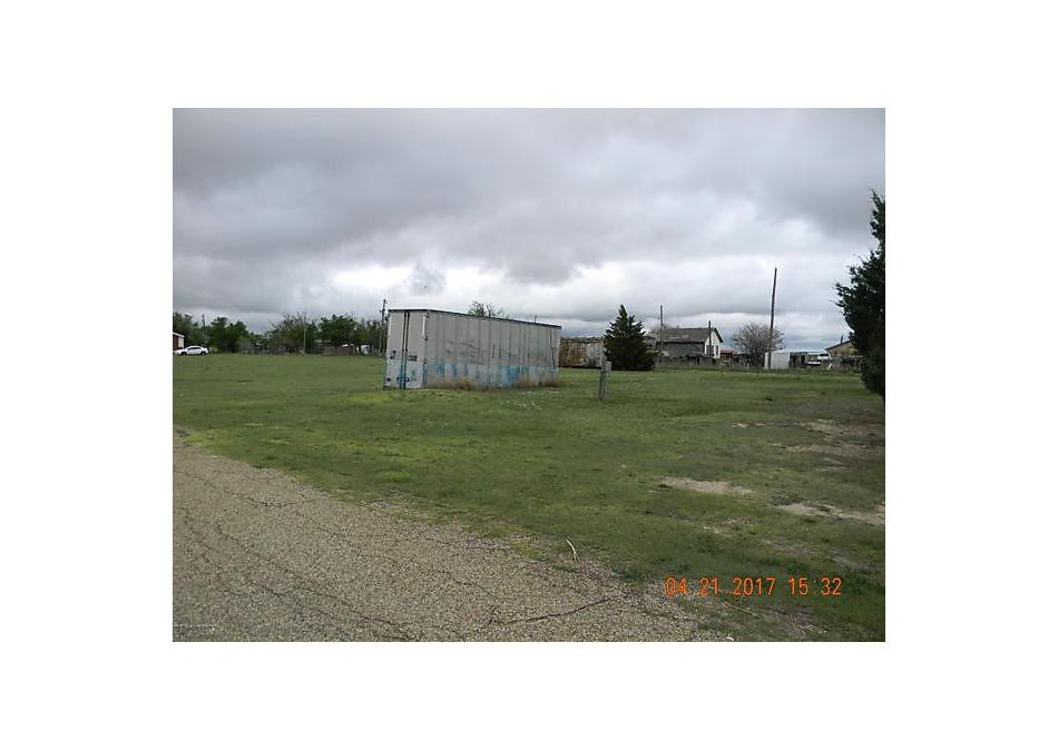 Photo of 205 Clay St Gruver, TX 79040