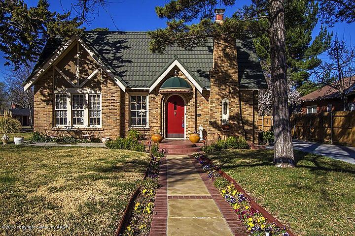Photo of 2122 Hayden St Amarillo, TX 79109