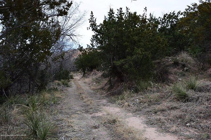 Photo of 605 N Shore Dr Amarillo, TX 79118
