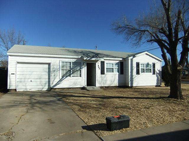 Photo of 345 Jean St Pampa, TX 79065