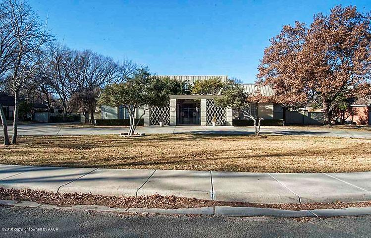 Photo of 3200 Hawthorne Dr Amarillo, TX 79109