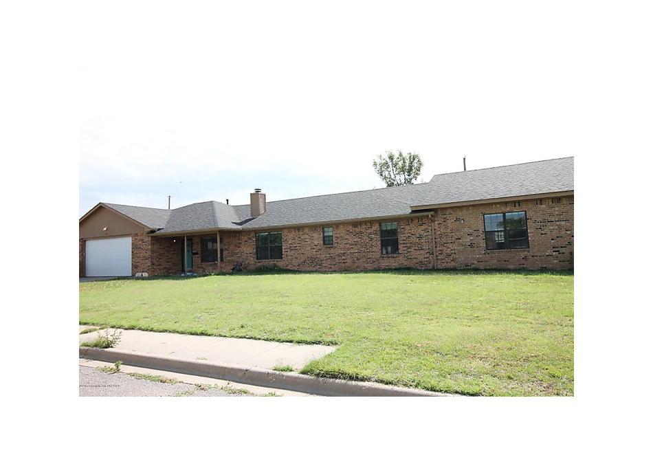 Photo of 1438 Dwight St Pampa, TX 79065