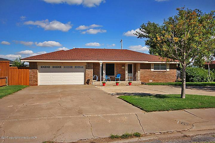 Photo of 400 Buntin Ave Happy, TX 79042
