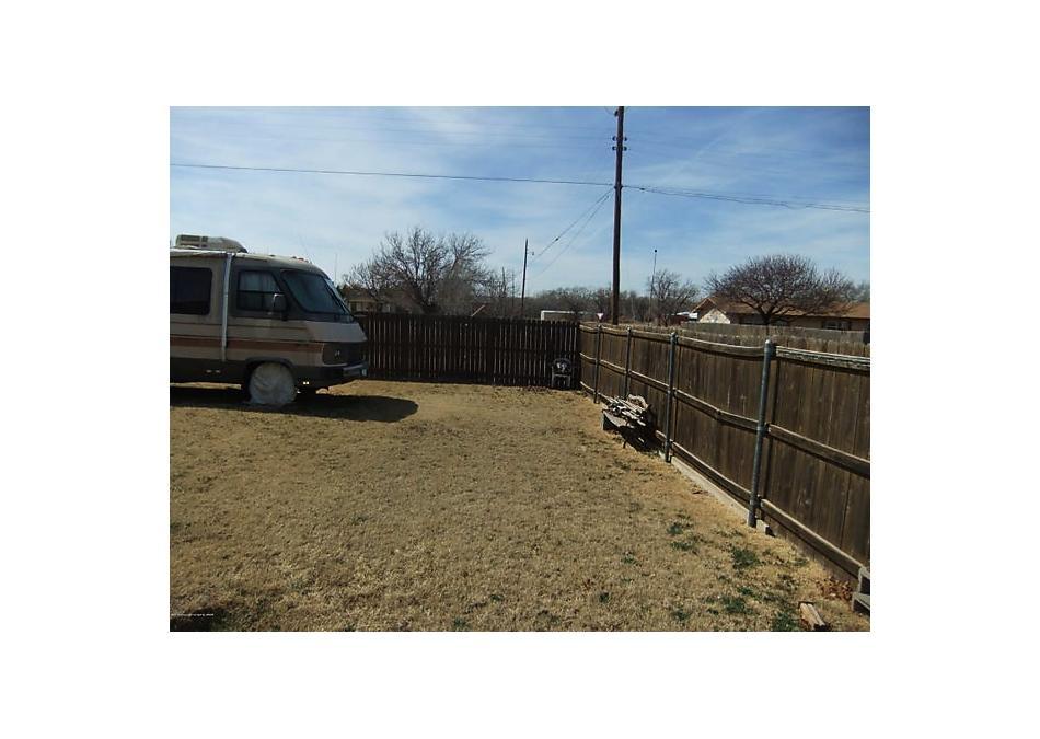 Photo of 501 Wall St Shamrock, TX 79079