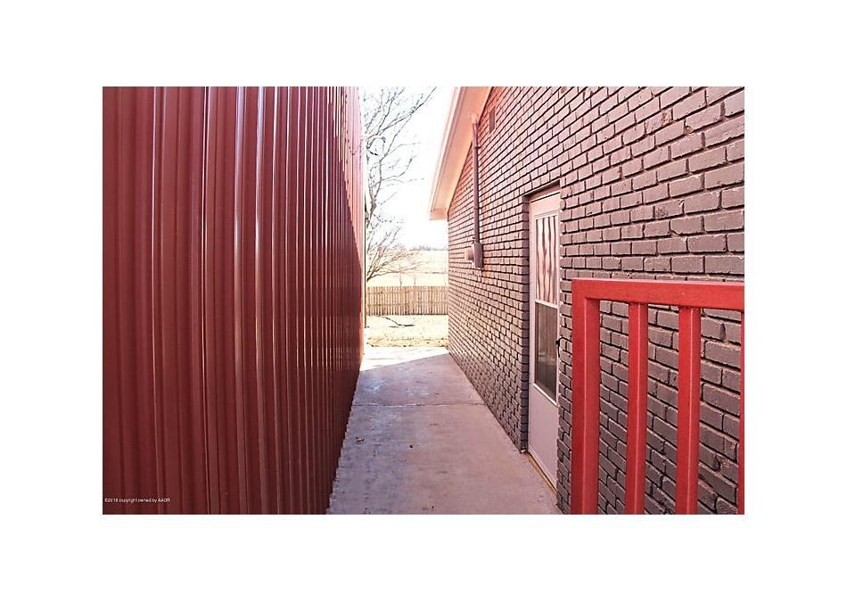 Photo of 6425 Co Rd 10a Shamrock, TX 79079