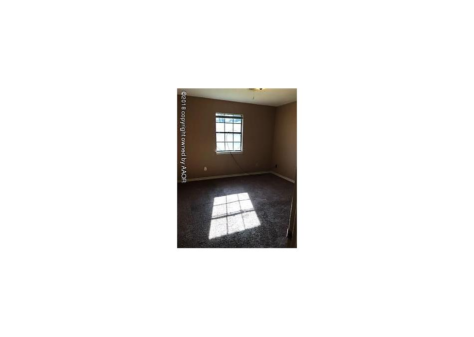 Photo of 126 Willowick St Borger, TX 79007