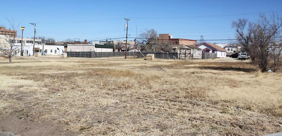 Photo of 414 Hedgecoke St Borger, TX 79007