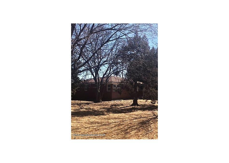 Photo of 809 6th St Dimmitt, TX 79027
