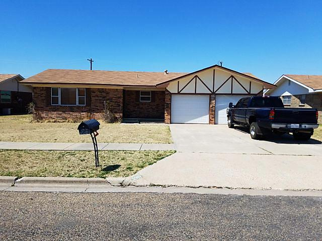 Photo of 2910 Ash Perryton, TX 79070