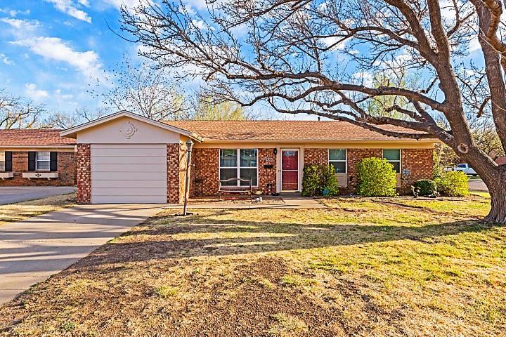 Photo of 5200 Floyd Ave Amarillo, TX 79106