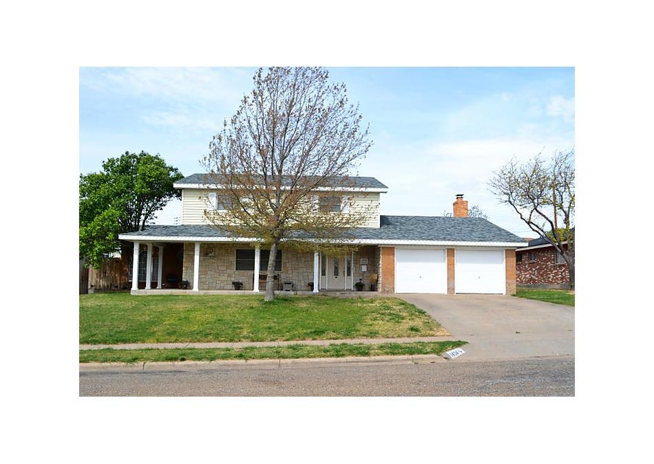 Photo of 1404 Bluebonnet St Borger, TX 79007