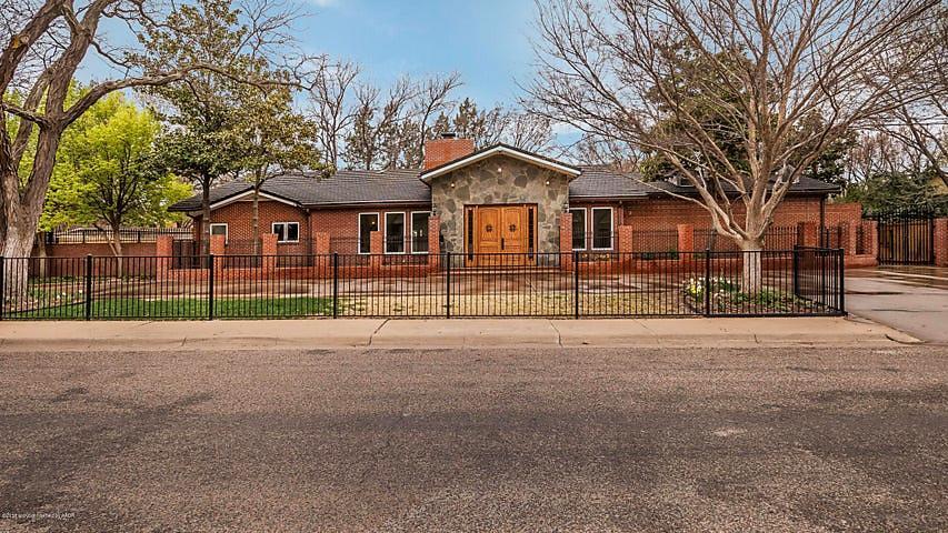 Photo of 2810 Bonham St Amarillo, TX 79109