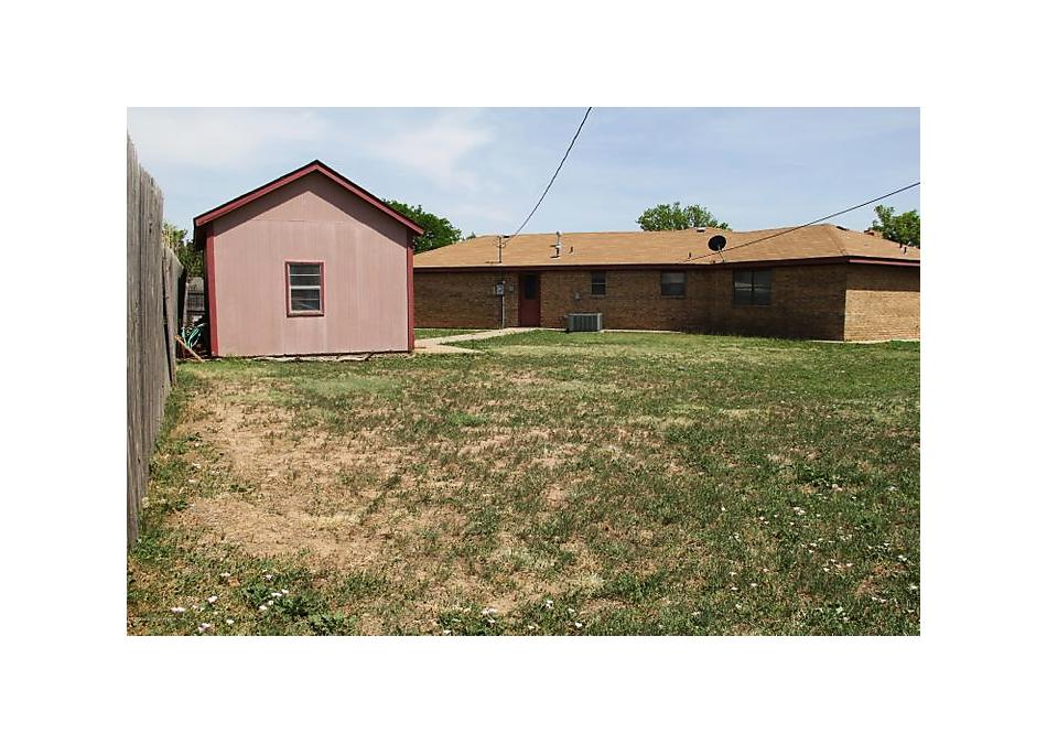 Photo of 2102 Vallejo Perryton, TX 79070