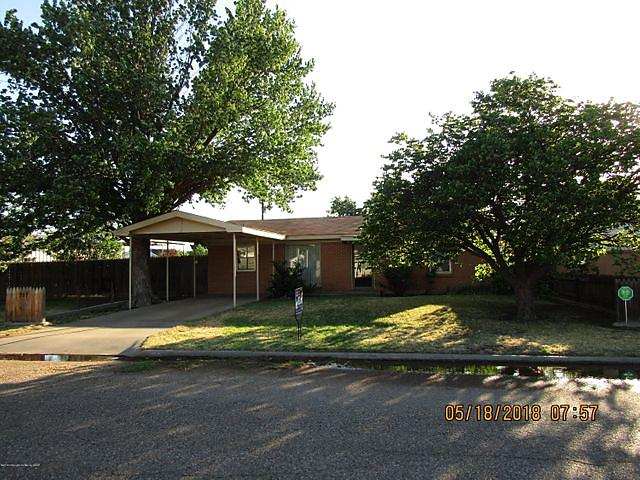Photo of 905 Robey Ave Fritch, TX 79036