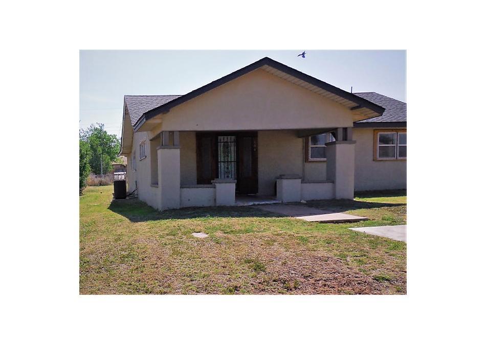 Photo of 804 Choctaw Street Shamrock, TX 79079
