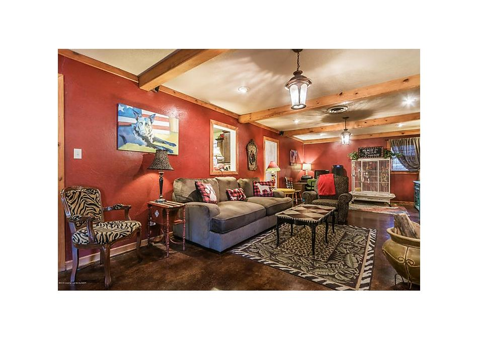 Photo of 903 7th Ave Canyon, TX 79015