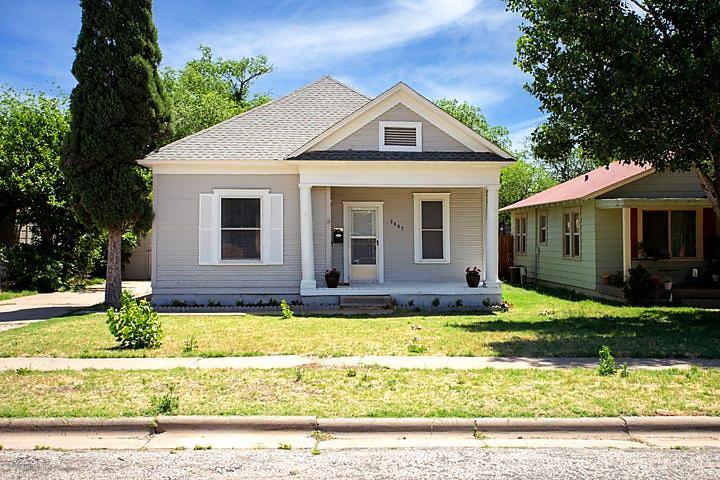Photo of 3405 Jackson St Amarillo, TX 79109