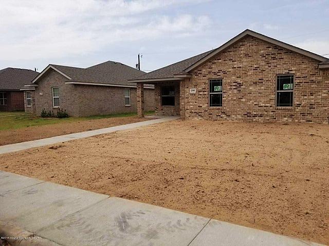 Photo of 1301 Fox Hollow Ave Amarillo, TX 79108