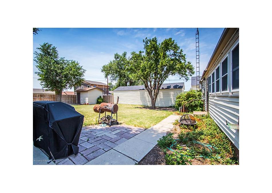 Photo of 912 Mcgee St Borger, TX 79007
